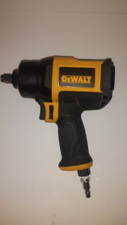 Dewalt 1/2 inch pneumatic impact for Sale in St. Louis,  MO