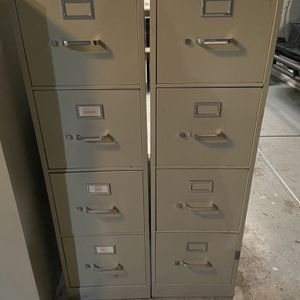 Filing cabinets! 4 Drawer! (3 Available) for Sale in Norco, CA