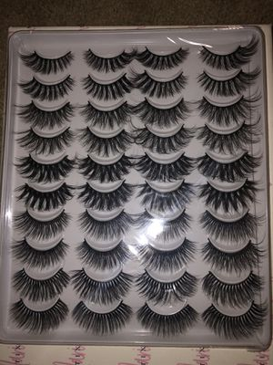 20 pack of 3D mink lashes for Sale in Riverside, CA