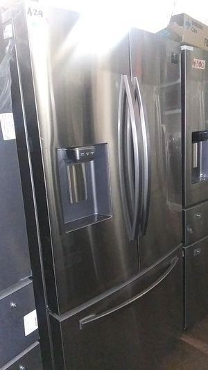 Samsung 3 Door Like New 2019 for Sale in Burbank, CA