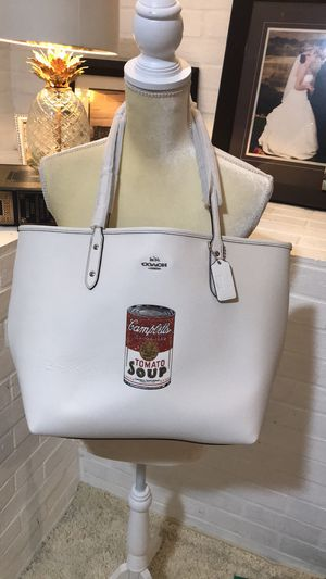 NWT Coach Limited Edition Tote for Sale in Long Beach, CA