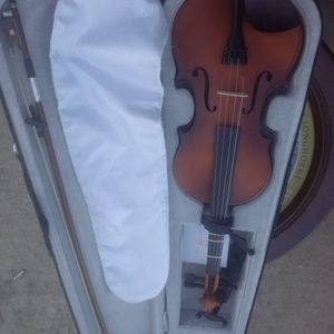 Beginners Mendilin With Case Violin Beginners for Sale in Leander, TX