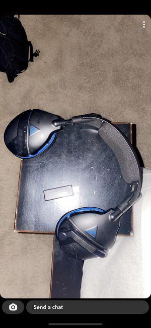 Turtle beach wireless headset(ps4) for Sale in Gonzales, LA
