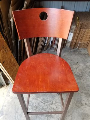 Single barstool in excellent condition for Sale in Arlington, TX