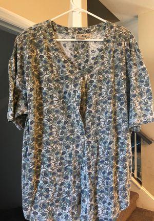 Free Women's shirt for Sale in Lutz, FL