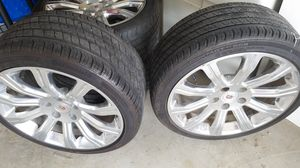 (Set of 4) 18 inch chrome rims and tires for Sale in Murfreesboro, TN
