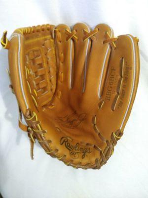 Rawlings Right Hand Baseball Glove for Sale in Boca Raton, FL