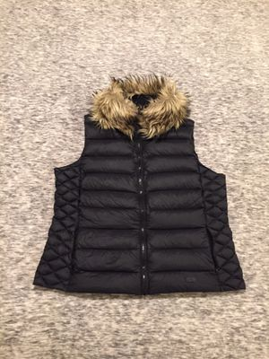 Flawless Women's Ralph Lauren zip up vest, size xl for Sale in Seattle, WA