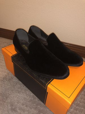 La Milano Suede Slip Ons (fits Sz 9 & 9.5) for Sale in Bothell, WA