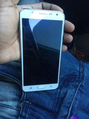 SAMSUNG J7 for Sale in Oxon Hill, MD