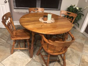 Solid wood dining table for Sale in St. Cloud, FL