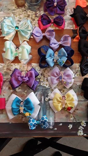 Handmade hair bows and bow holders for Sale in Woodlake, CA