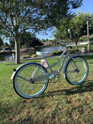 New beautiful beach 🏖 cruiser ladies girls women's bike bicycle for Sale in Chula Vista, CA