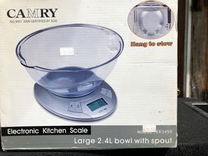 Electronic Kitchen scale . Large 2.4 bowl with spout for Sale in West Covina, CA