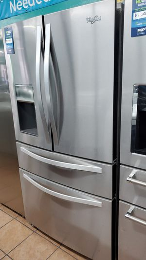 Whirlpool refrigerator for Sale in Hawthorne, CA