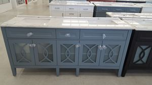 """72"""" Vanity ( With Top , Back Splash , And Mirror ) for Sale in Orlando, FL"""