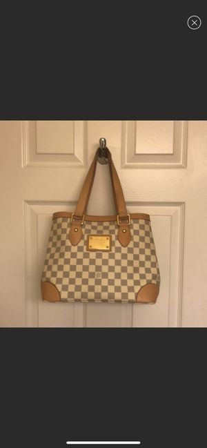 Louis Vuitton bag for Sale in Franklin, TN
