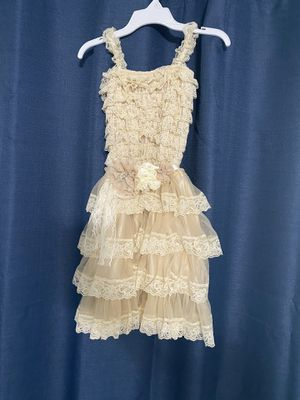 NEW Girls size 6 flower girl dress with detailed tie bow for Sale in Peoria, AZ