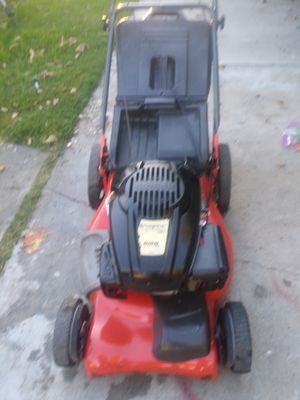 Husqvarna self propelled Lawn mower works great for Sale in Colton, CA