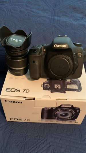 Canon EOS 7D DLSR Camera w/18-55mm Lens for Sale in Arlington, TX