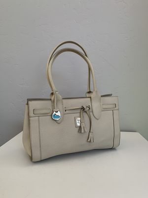 Dooney & Bourke Cream Pebble Leather Bag for Sale in Santa Ana, CA