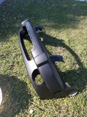 2006-2011 chevy HHR front bumper part# gm1000776 for Sale in Kissimmee, FL