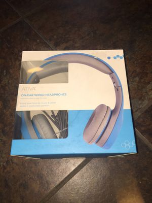 Aruba on ear wired headphones nicely padded. Nib for Sale in Fresno, CA