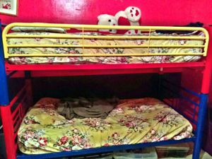 BUNK BED SET WITH MATCHING FAN DESK AND CHAIR!!! for Sale in Brooklyn, NY