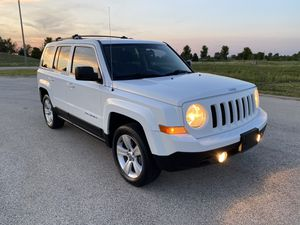 2011 Jeep Patriot Latitude Sport 4x4 for Sale in Oak Lawn, IL