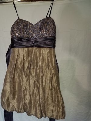 NWT City triangles prom dress for Sale in Binghamton, NY