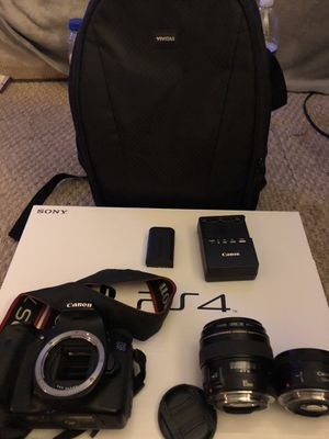 Canon 70D kit with 85mm 1.8 lens & 50mm 1.8 lens camera bag and charger with battery ( no sd card) for Sale in Bowie, MD