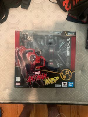 Ant-man with big ant, sh figuarts for Sale in Brooklyn, NY