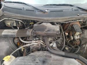 318 Magnum Motor from Dodge Ram truck - 100% Complete & Runs Great - No Missing Parts and is a very strong running engine for Sale in Tarentum, PA