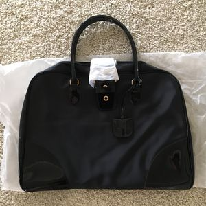 NEW Black Estée Lauder Weekender Bag for Sale in Anaheim, CA