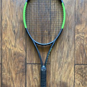 Wilson Blade 98L Tennis Racket for Sale in Vista, CA