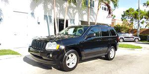2006 Jeep Grand Cherokee Laredo for Sale in Miami, FL