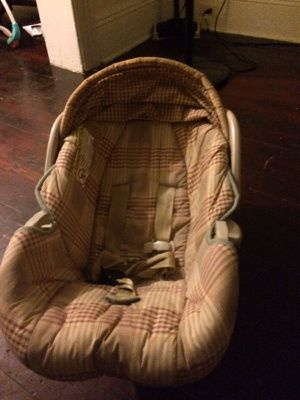 Graco car seat for Sale in Jersey City, NJ