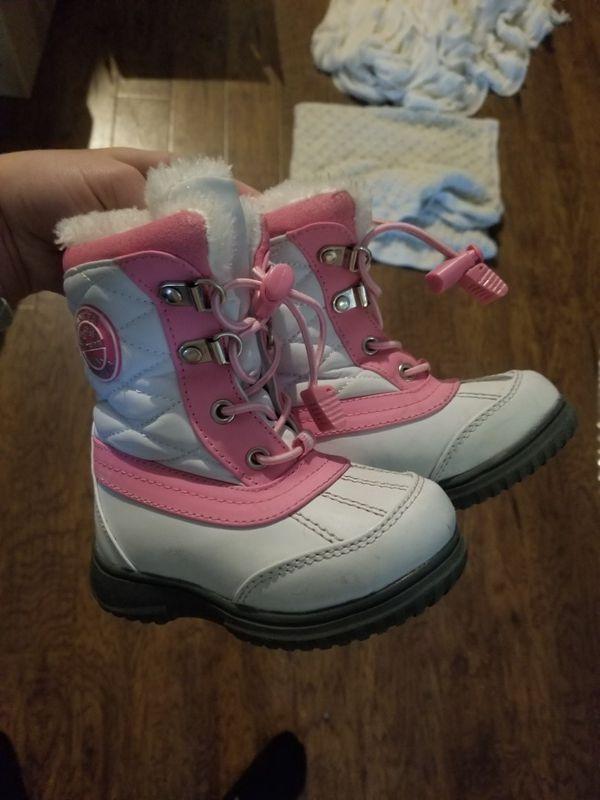 Kids snow boots 6c