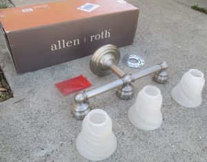 High Quality Brushed Nickel Lighting Bar Set Nice Condition Looks New for Sale in Lake Elsinore, CA