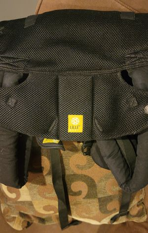 LÍLLÉbaby Complete Airflow Six-Position Baby Carrier Black for Sale in Wilmington, CA