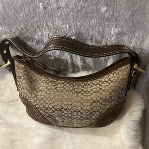 Hobo Coach Signature Bag for Sale in Henderson, NV