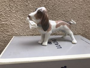 Lladro Basset Hound with Newspaper #6398 with original packaging for Sale in Rancho Santa Margarita, CA