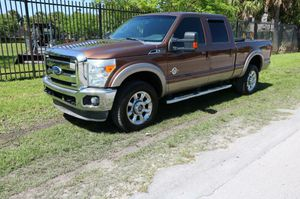 2011 FORD F-350 - SUPER DUTY for Sale in Miami, FL