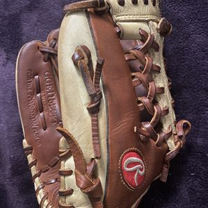 Left-Handed Throw Rawlings Gold Glove Elite Baseball Glove for Sale in Hacienda Heights, CA