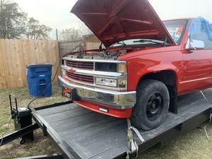 1988-1998 Chevy Silverado front clip for Sale in Del Valle, TX