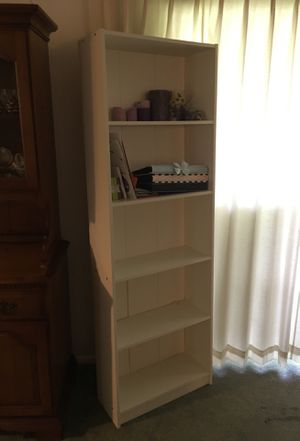 White IKEA 5 shelf bookcase for Sale in Titusville, FL