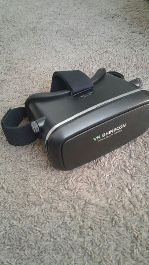 Gear vr for Sale in San Diego, CA