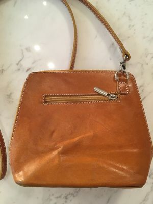 Camel leather small purse made in Italy for Sale in Miami, FL