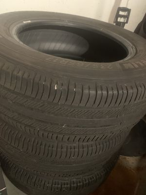 3pcs tires 235x65x17 /$25 each (Michelin) for Sale in Lombard, IL