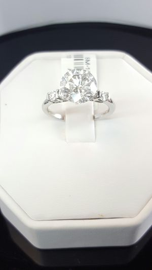 2.5 carat certified diamond ring for Sale in Nashville, TN